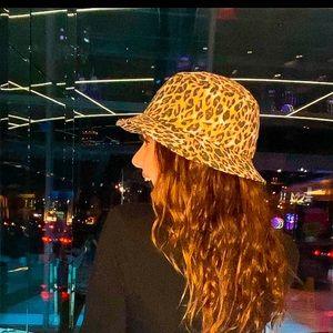 Cheetah bucket hat:)
